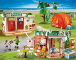 Le camping, l'air de jeux, la piscine...